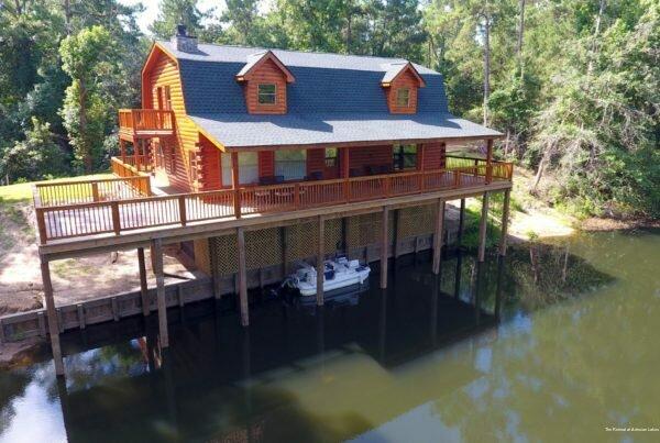 The Retreat at Artesian Lakes