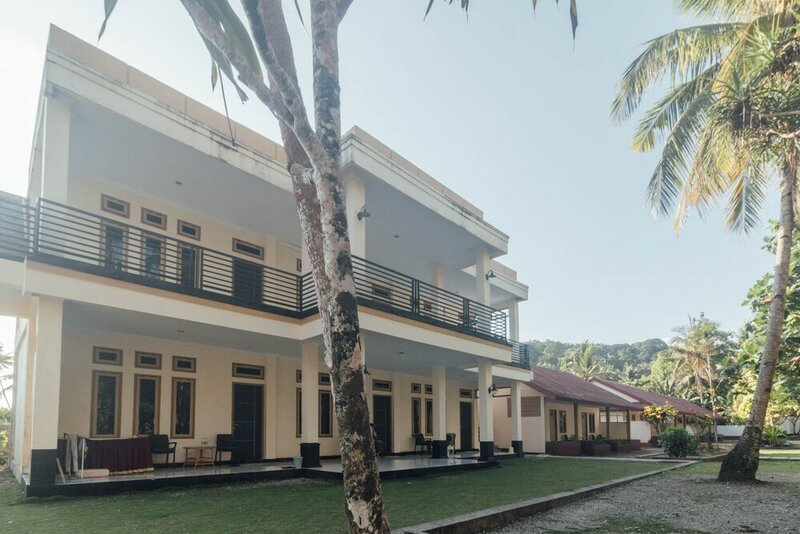 Oyo 1688 Collin Beach Hotel