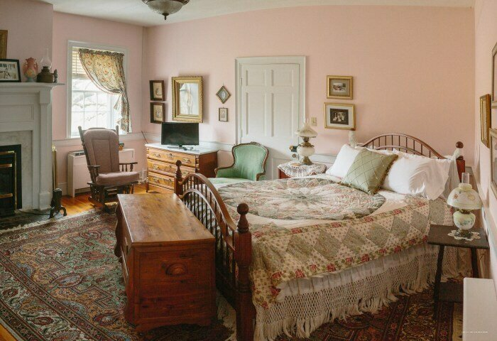 Cave Hill Farm Bed And Breakfast