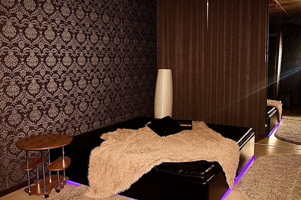 Мужской клуб спальня красноярск ночные клубы москвы режим