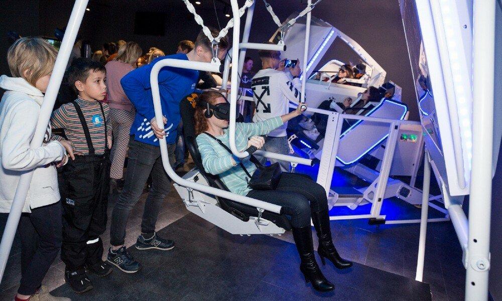 клуб виртуальной реальности — Arena Space - сеть парков виртуальной реальности — Москва, фото №3