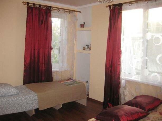 Guest House on Fruktovaya 7