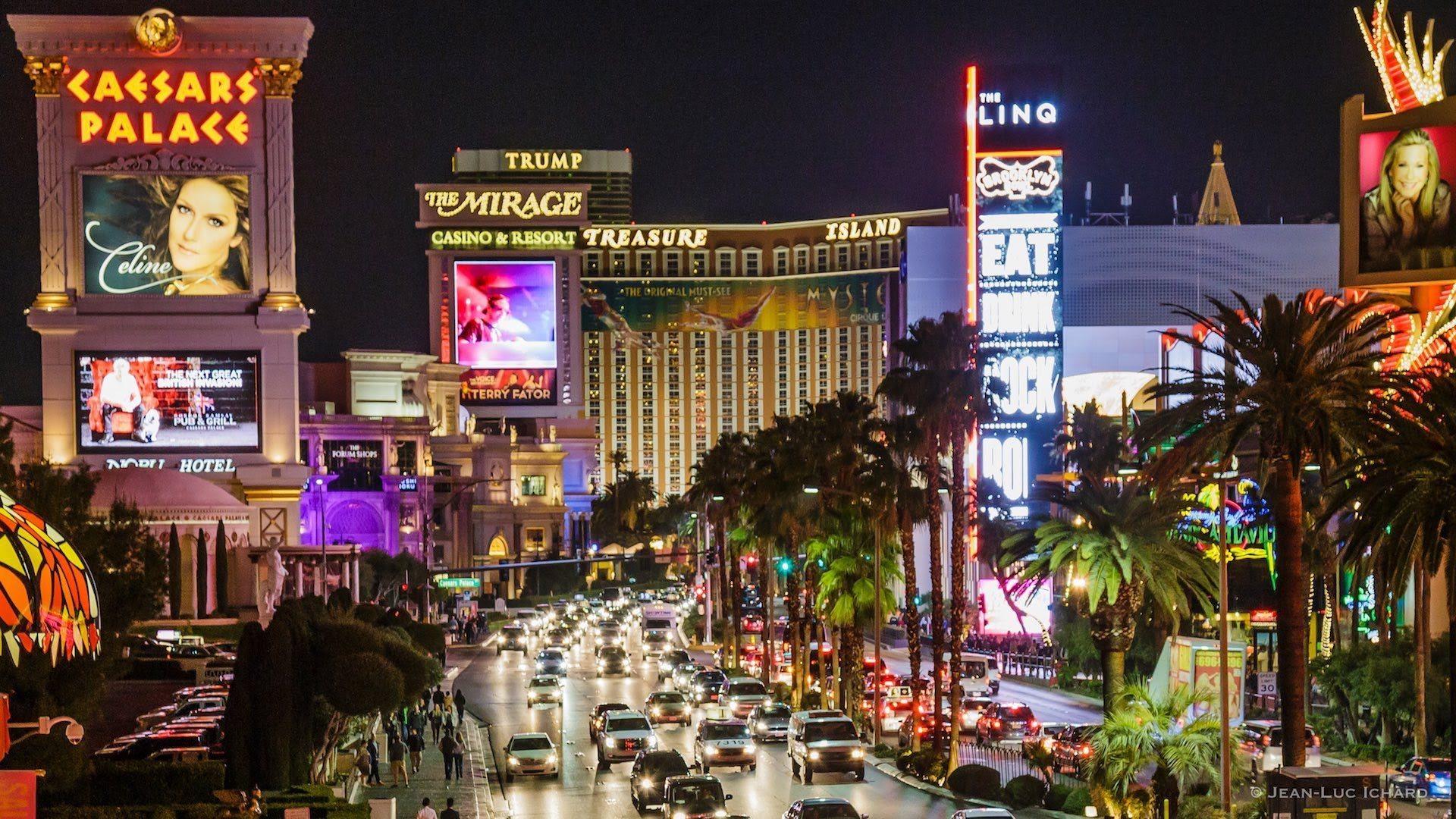 creampie-las-vegas-strip-hotel-locations-and-half-men
