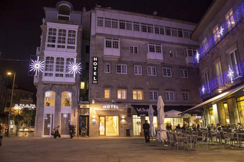 Hotel Puerta Del Sol