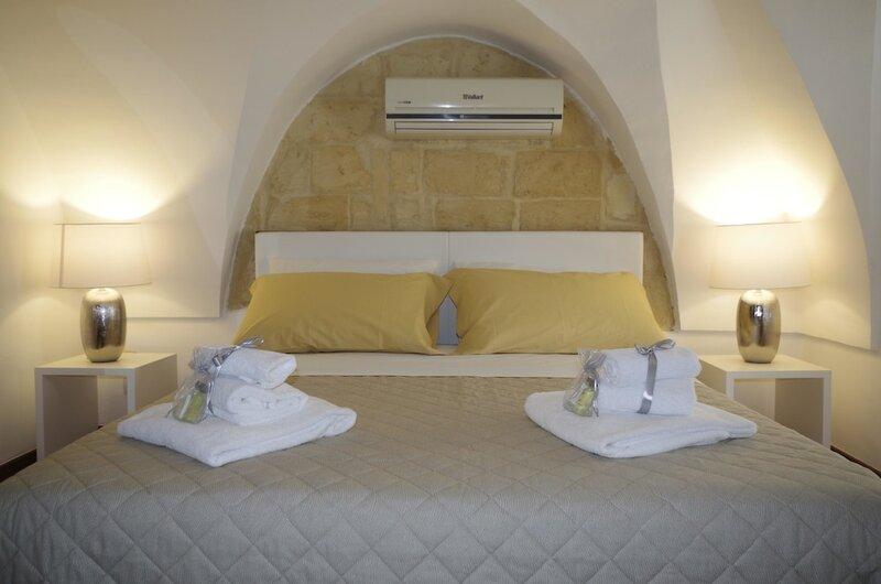 Ferrante D'Aragona rooms