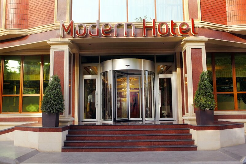 Отель Модерн