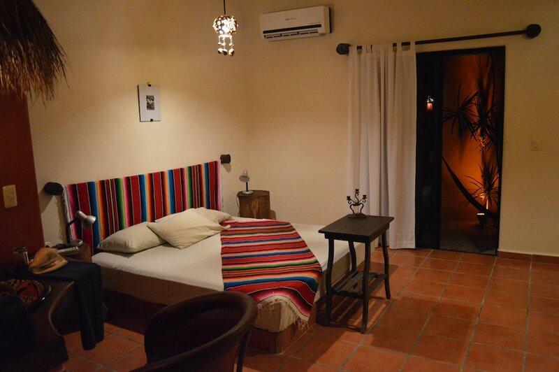 Lo Nuestro Petit Hotel
