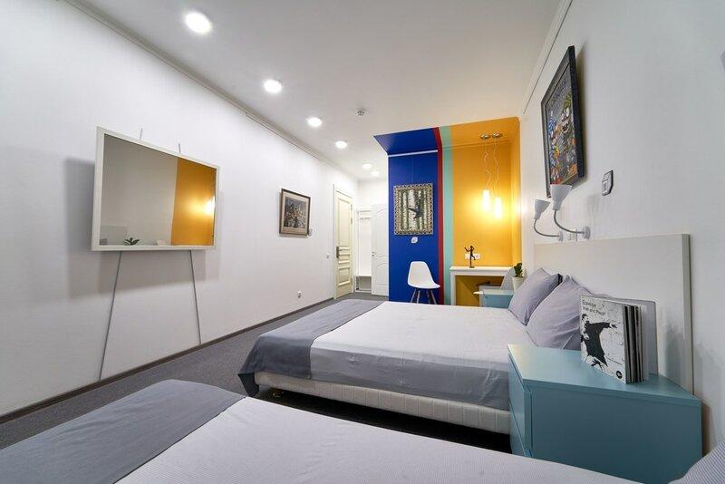 Artbox Hotel