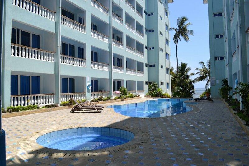 Cowrie Shell Beach Apartments