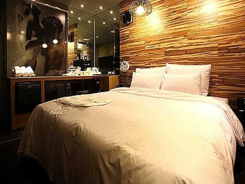 Hotel Lush