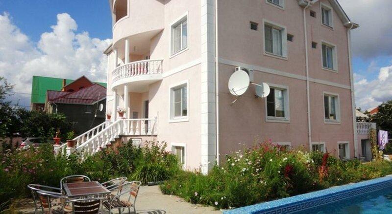 Mini Hotel Artsah Leto