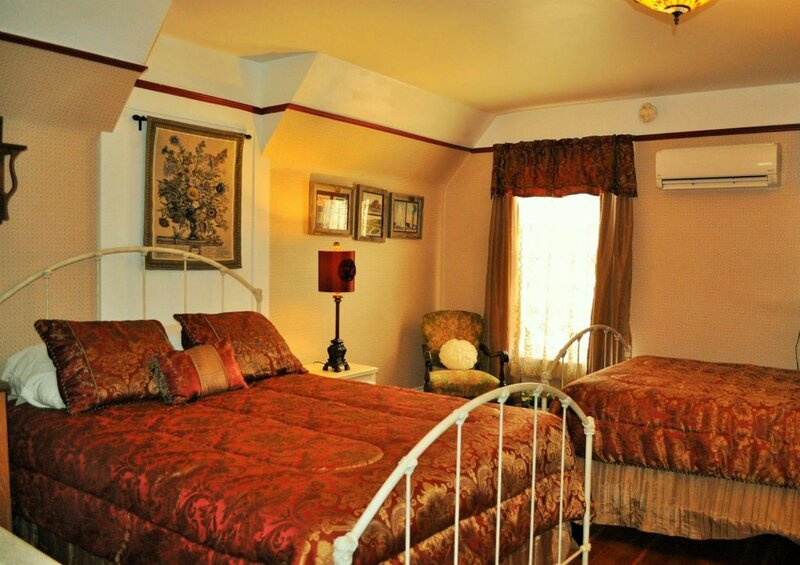 Yellowstone Victorian Inn