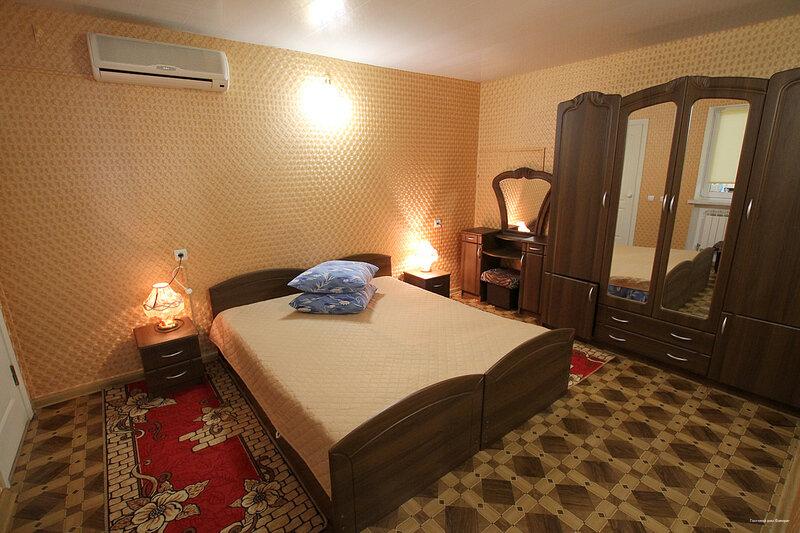 гостиница — Гостевой дом Фаворит — Евпатория, фото №1
