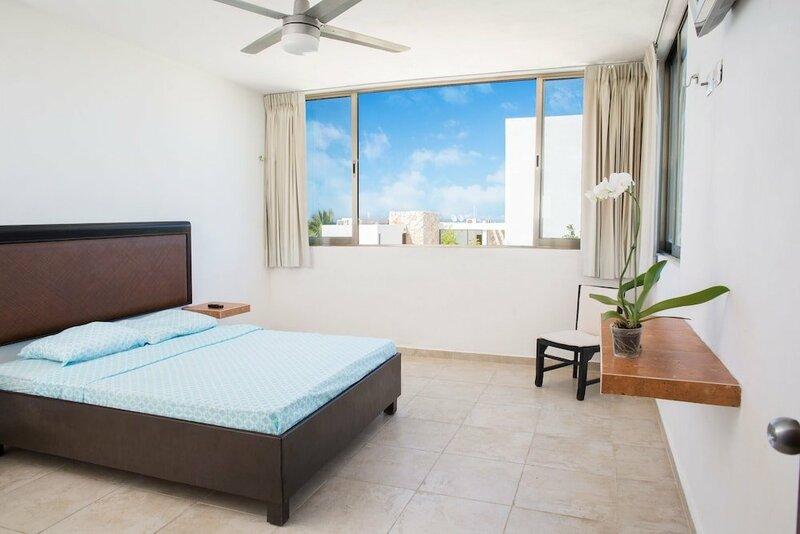 San Bruno Tropical Villa with Pool