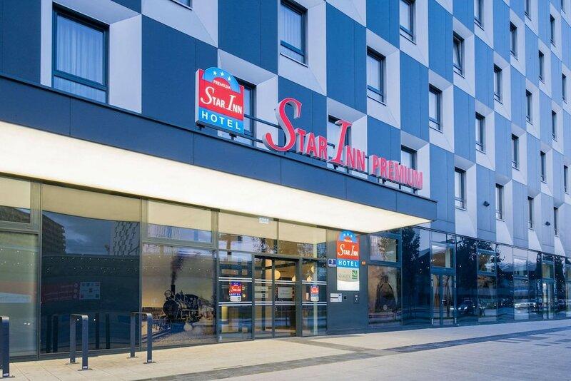 Star Inn Hotel Premium