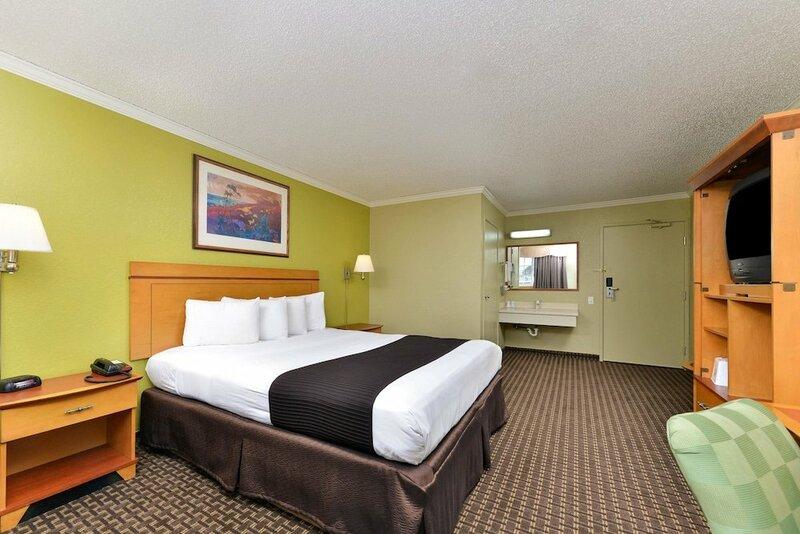 Americas Best Value Inn - Hayward