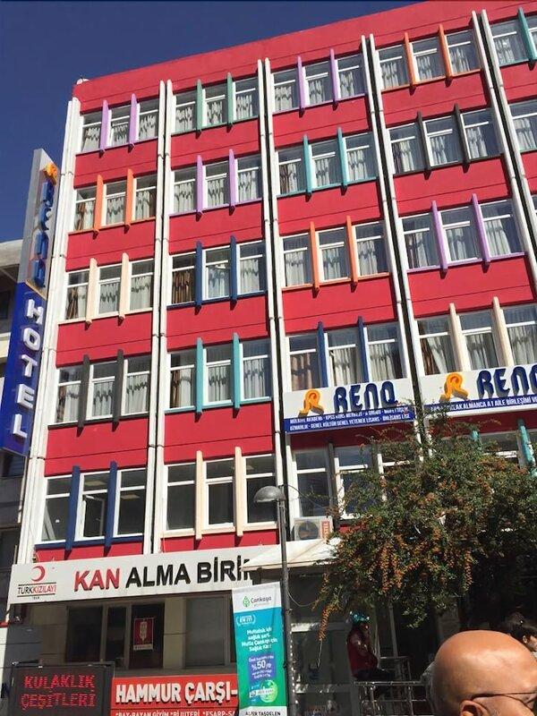Renq Hotel