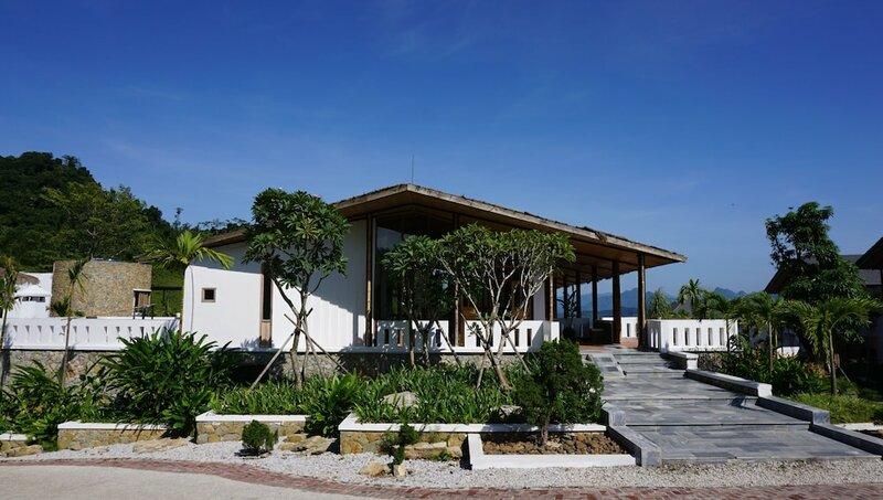 Ba Khan village resort