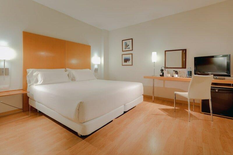 Hotel Nh Hesperia Barcelona del Mar