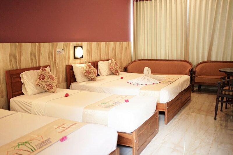 Отель Amed Cafe & Hotel Kebun Wayan