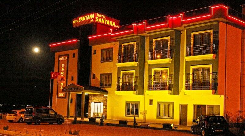 Отель Santana Life
