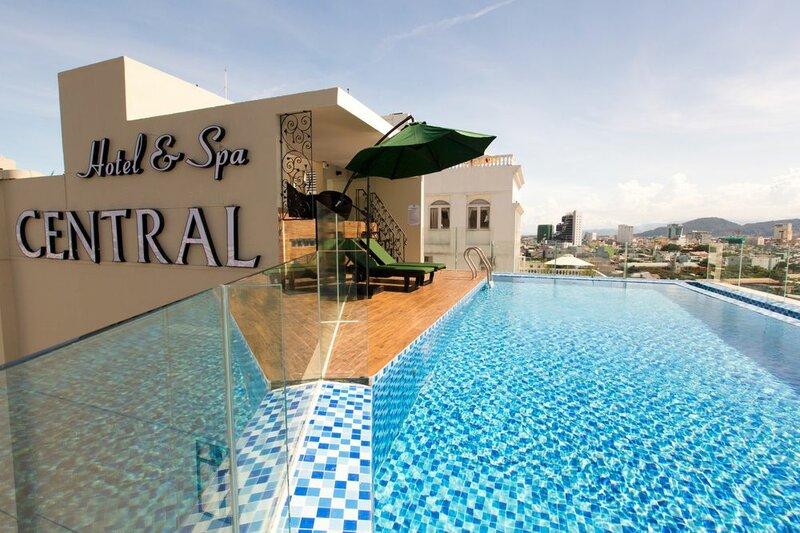 Central Hotel & SPA