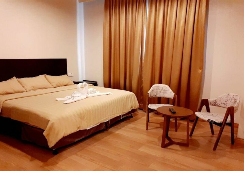 Nsey Hotel & Apartments