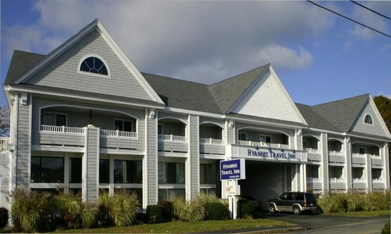 Hyannis Travel Inn