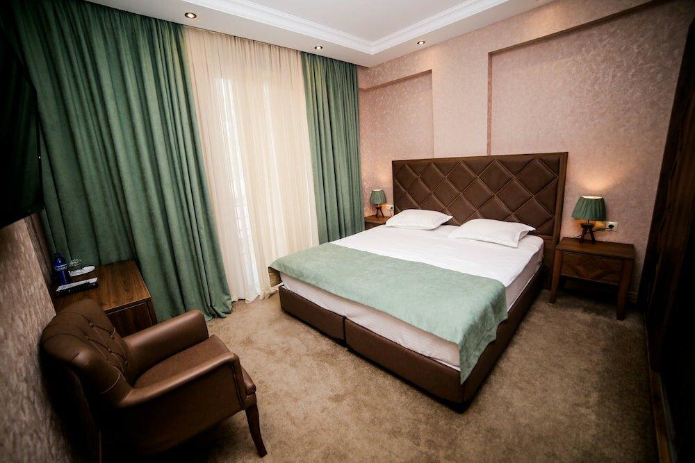 гостиница — Grand Hotel Mimino — Tbilisi, фото №1