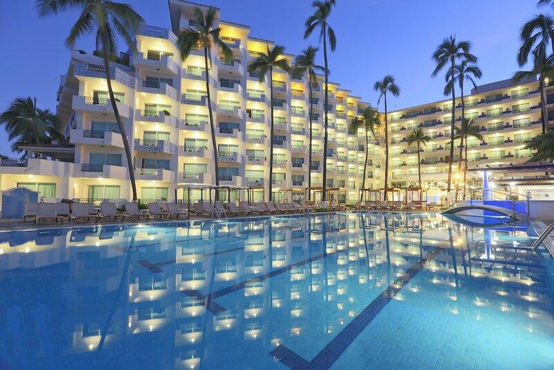 Crown Paradise Golden Puerto Vallarta All Inclusive