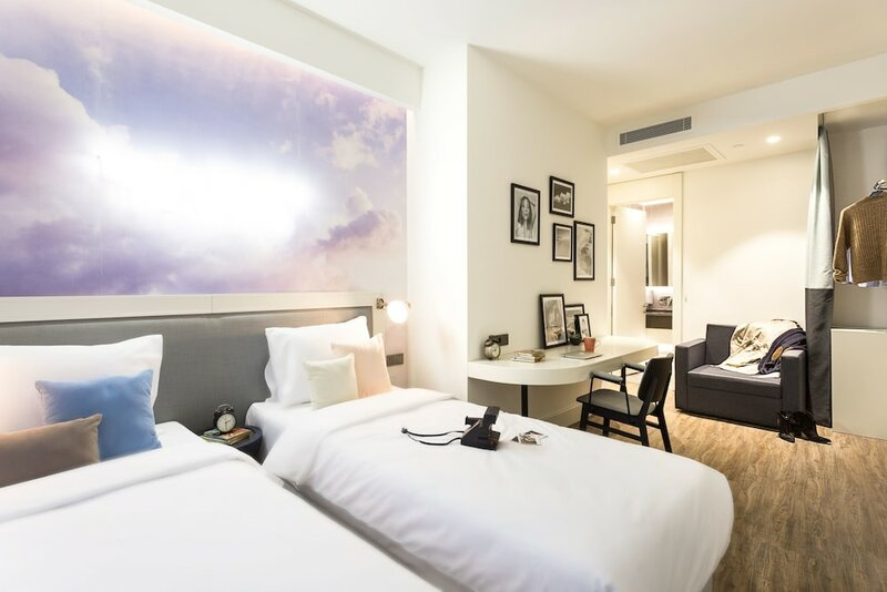 Cloud7 Hotel