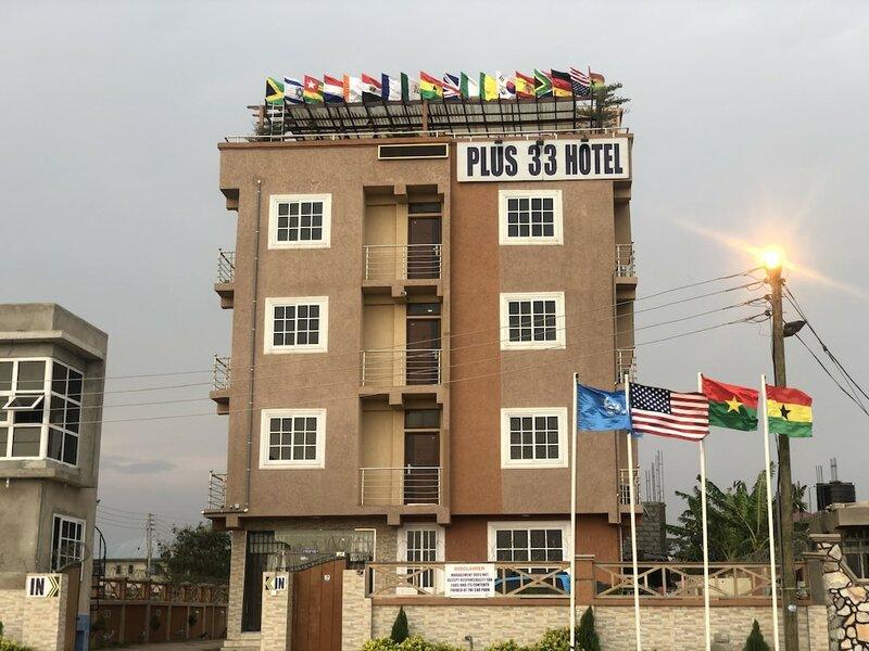 Plus 33 Hotel