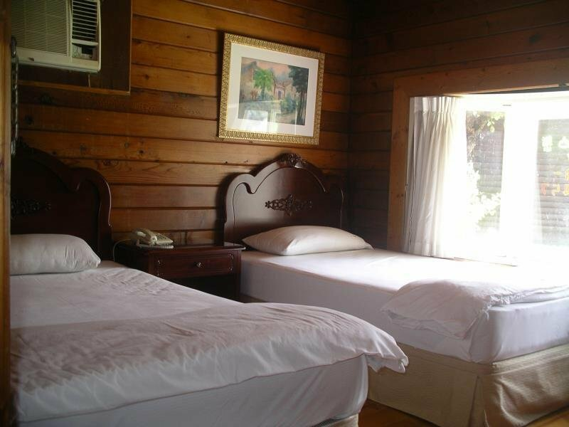 Lohas-hill Guest House