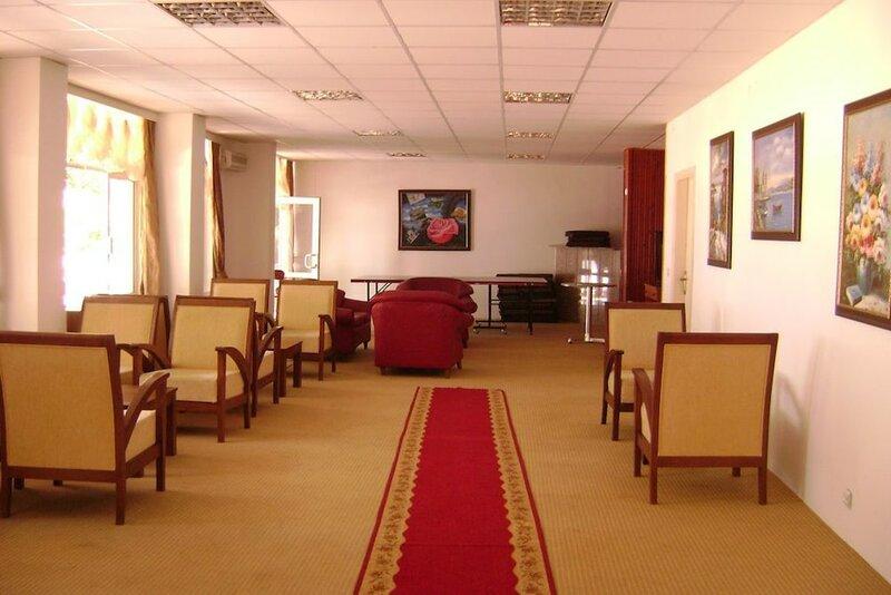 Yalim Hotel