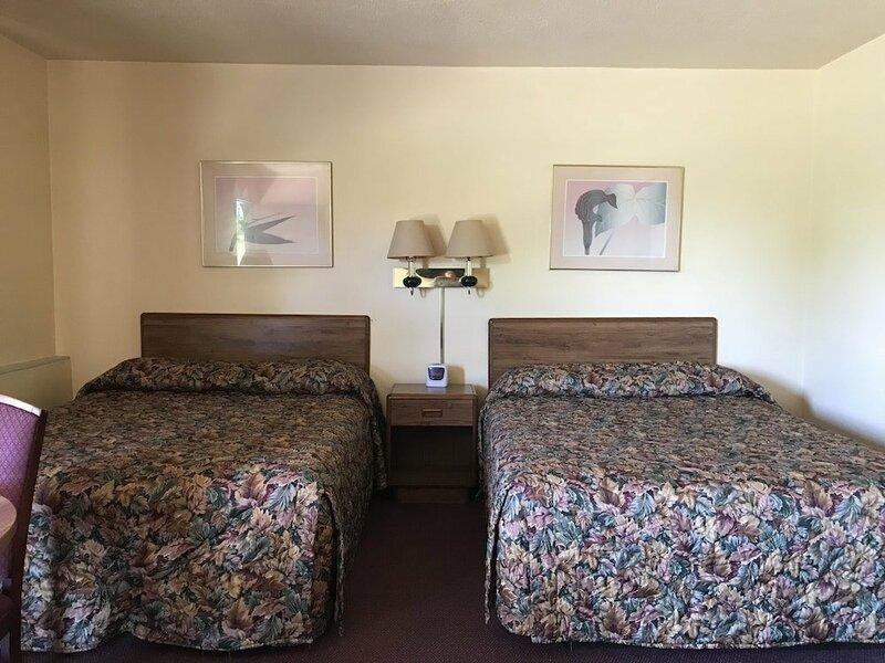 Allenwood Motel