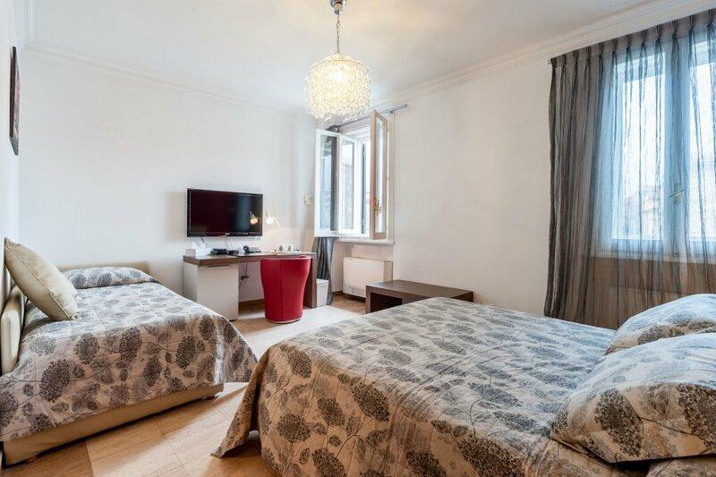 La Dolce Vita Barberini Apartments