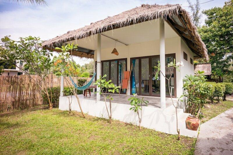 Отель Mumsa Beach Resort & Restaurant