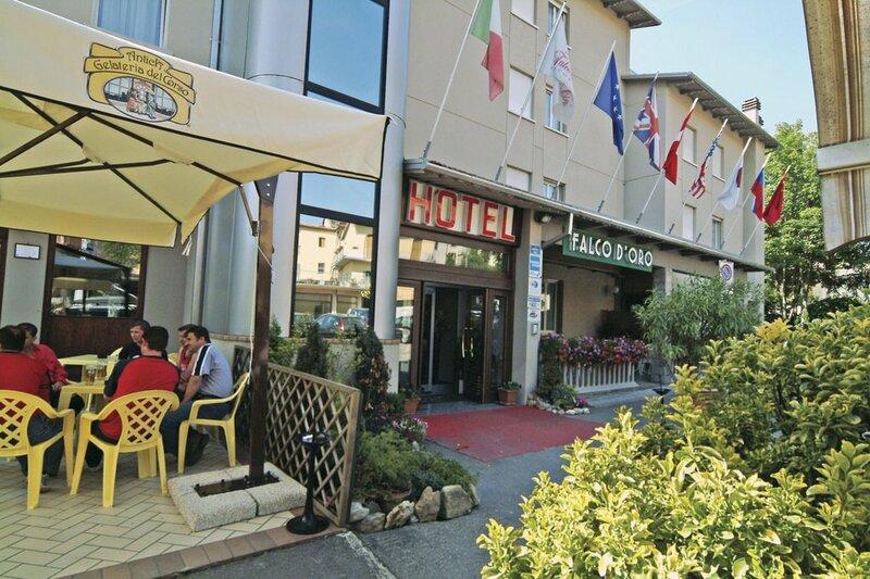 Hotel Falco D Oro Tole
