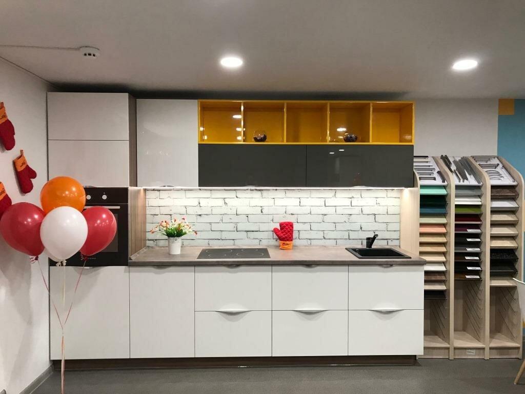 Картинка салона кухонь
