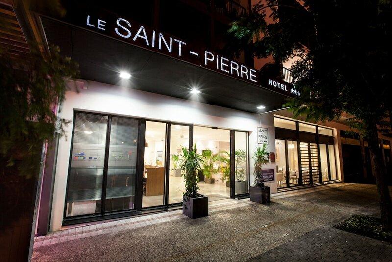 Le Saint Pierre Hotel