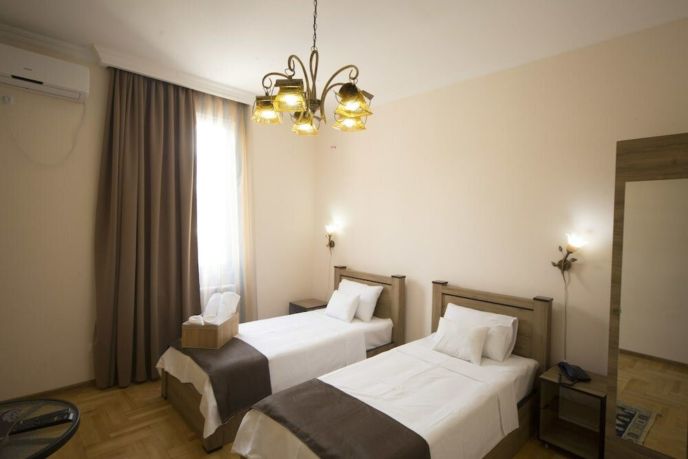 гостиница — Отель Log Inn Boutique — Тбилиси, фото №2