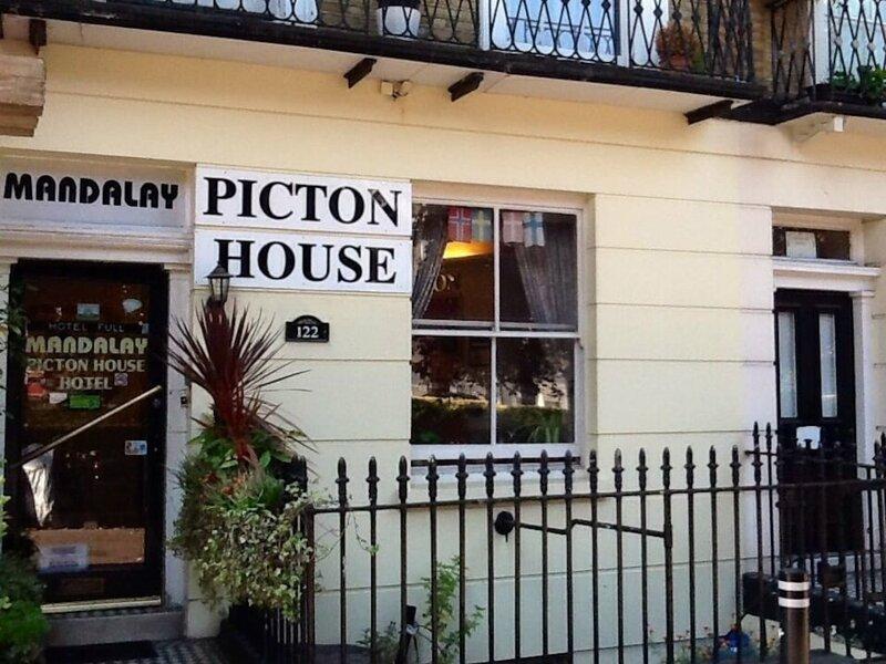 Mandalay Picton House Hotel