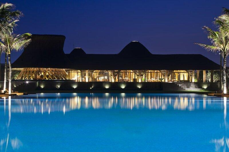 Отель Naman Retreat