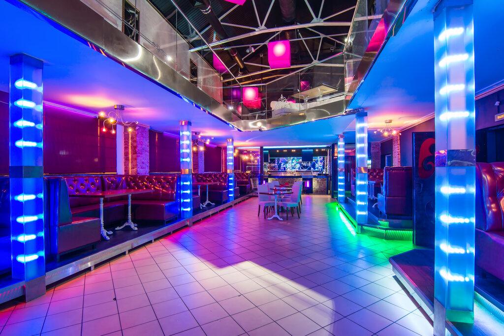 Гатчина стриптиз клуб работа в ночном клубе москва для мужчин