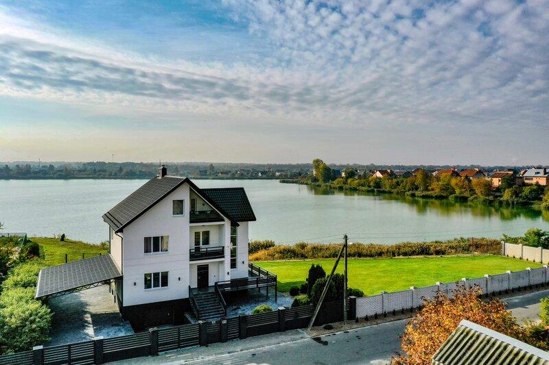Brestinlove: Villa Lake