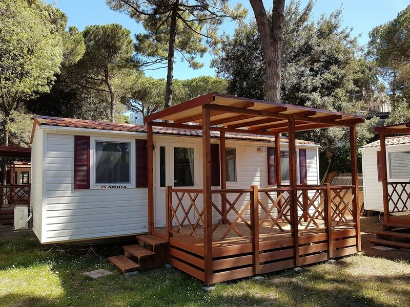 Albatross Mobile Homes on Camping Mare e Pineta