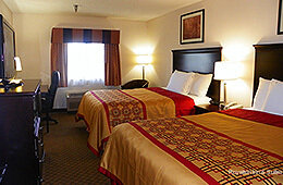 Royalton Inn & Suites