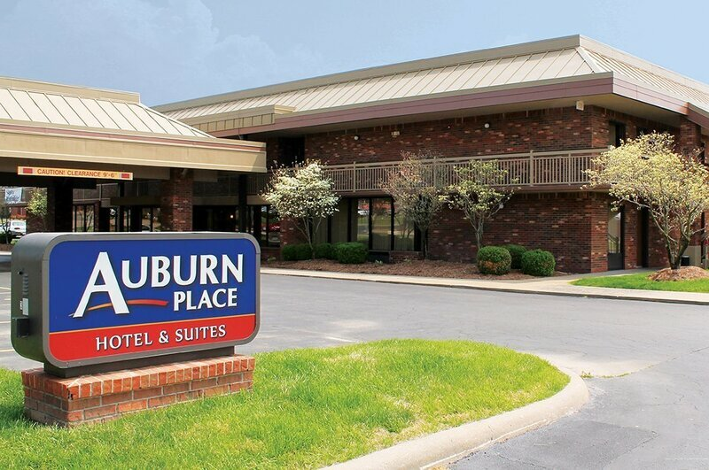 Auburn Place Hotel And Suites