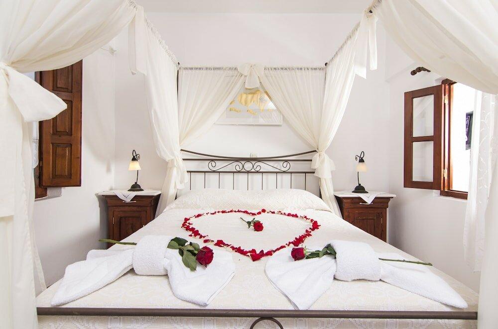 Картинка кровати для молодоженов