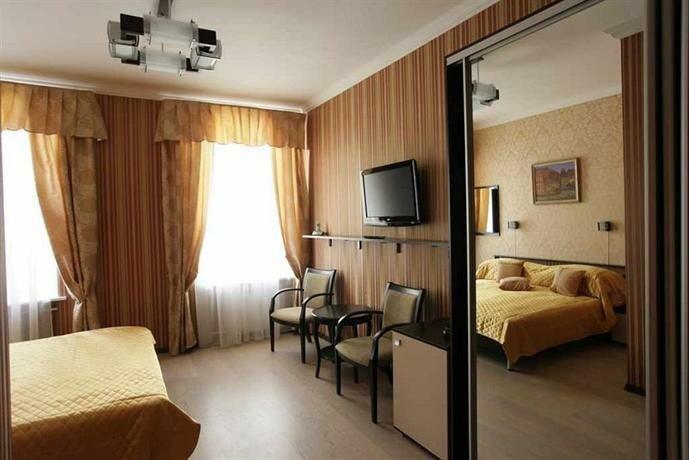 Castle Hotel Сенная